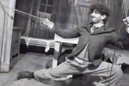 रणवीर सिंह ने की चार्ली चैपलिन की एक्टिंग, शेयर किया ये मजेदार वीडियो