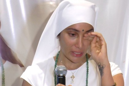 सोफ़िया हयात को आ रहा है रोना, पति को भगाया था घर से