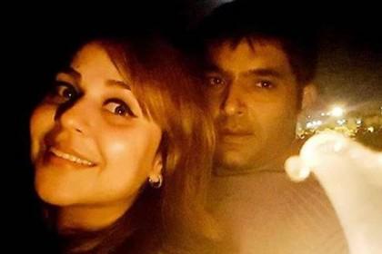 कॉन्ट्रोवर्सी के बाद अपनी गर्लफ्रेंड गिन्नी के साथ दिखे कपिल शर्मा