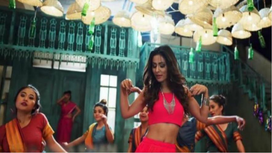 Teaser : सिजलिंग और ग्लैमरस अवतार में नजर आयी हिना खान, पंजाबी गाने में ऐसे मचाया तहलका