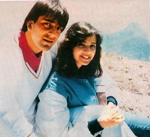 संजय दत्त और माधुरी के रिश्ते ने तोड़ा था वाइफ ऋचा का दिल
