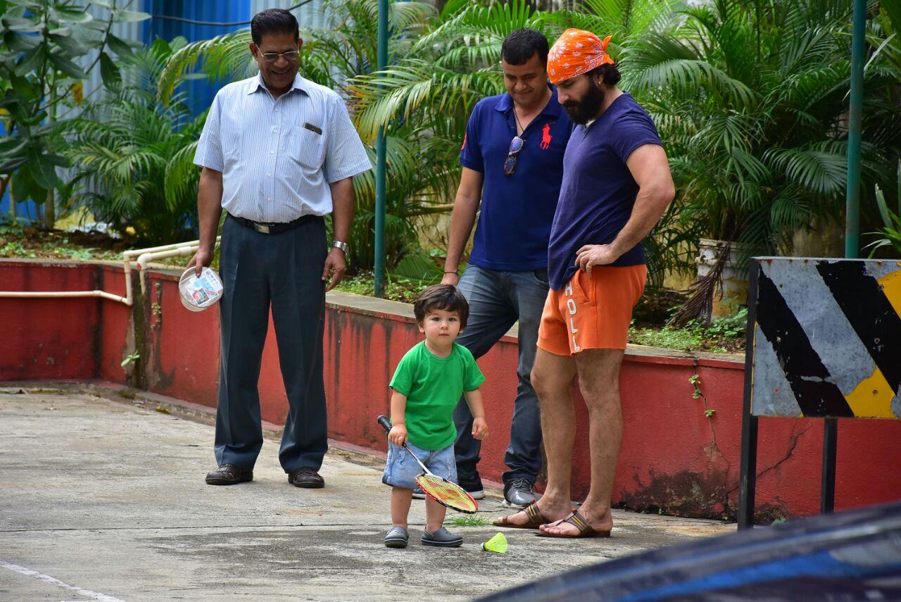 पापा संग बैटमिंटन खेलने निकले तैमुर अली खान, तस्वीरें देख ठहर जाएंगी निगाहें