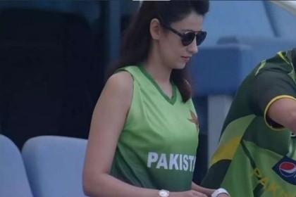 पाकिस्तानी मिस्ट्री गर्ल ने खुलकर कहा- टीम इंडिया का कर रही हैं इंतजार