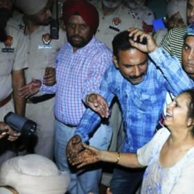 #Amritsar ट्रेन हादसा: 60 लोगों की मौत, स्कूल-ऑफिस बंद, CM ने किया मुआवजे का ऐलान
