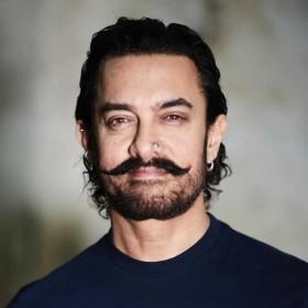EXCLUSIVE: आमिर खान के 'मोगुल' को मिला नया डायरेक्टर, राजकुमार हिरानी को पसंद है स्क्रिप्ट?