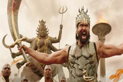 सात समंदर पार 'बाहुबली' ने छेड़ी जंग, सिनेमा छोड़ इन जगहों पर मचा रहा धूम