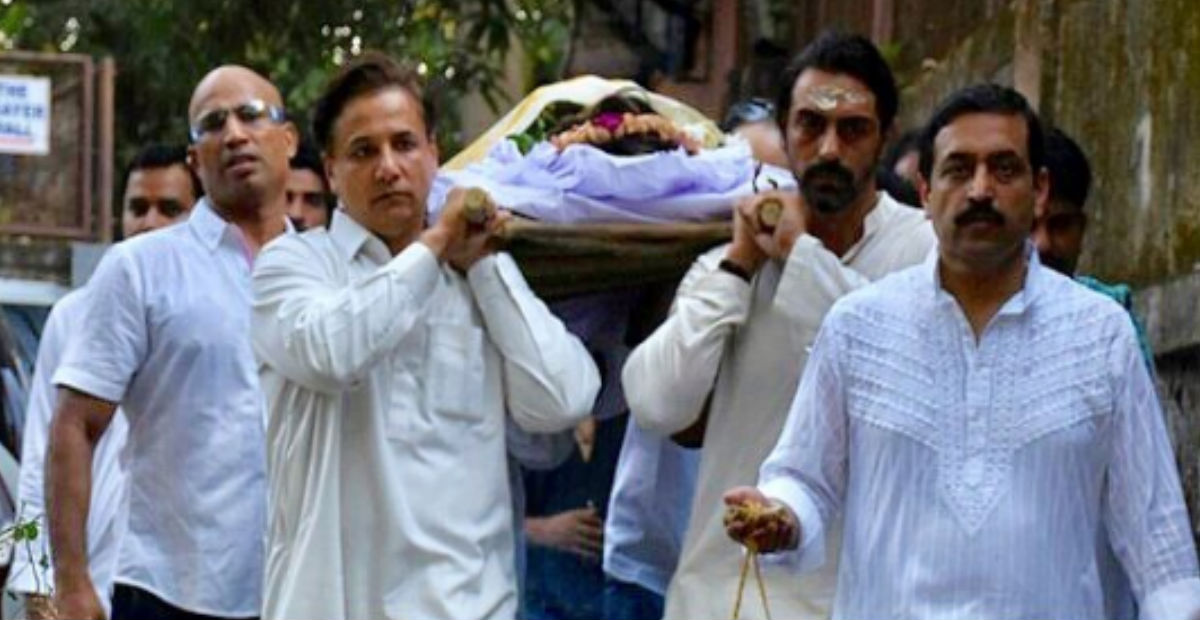 अर्जुन रामपाल की मां का निधन, अंतिम संस्कार में एक साथ दिखी गर्लफ्रेंड और Ex वाइफ
