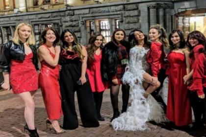 बैचलरेट पार्टी में शीयर ड्रेस में छाईं प्रियंका, तस्वीरें देखकर आप भी कहेंगे WoW