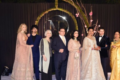 Priyanka Nick Wedding Delhi Reception