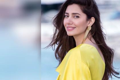 रणबीर कपूर के लिए फिर घिरीं पाकिस्तानी एक्ट्रेस माहिरा खान, ट्रोलर्स बोले- अजीब औरत है…