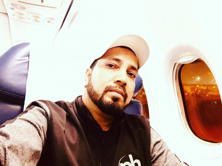 सिंगर मीका सिंह की मुश्किलें बढ़ीं, कोर्ट में पेशी के बाद दुबई पुलिस ने फिर किया गिरफ्तार