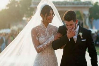 निक जोनस संग शादी के बाद प्रियंका चोपड़ा बनीं 'द सिम्पसन्स' फैमली का हिस्सा, कुछ इस तरह जताई खुशी