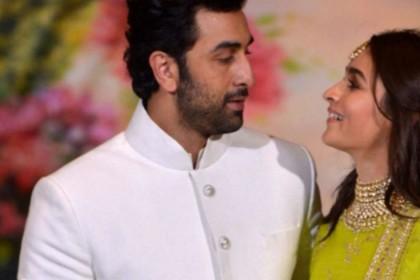 आलिया भट्ट और रणबीर कपूर के रिलेशनशिप पर बोले 'पापा' महेश भट्ट- हां, दोनों में प्यार है!