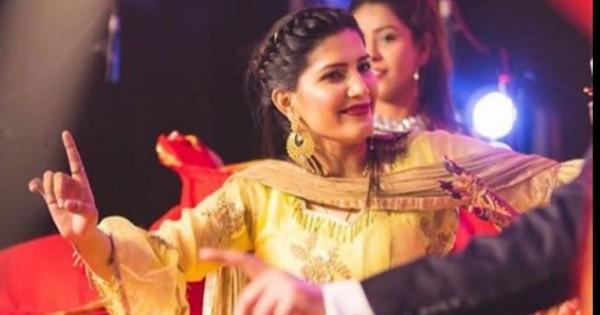 Video: पंजाबी गाने पर सपना चौधरी का दिखा अलग ही जलवा, जबरदस्त डांस से जीता दिल