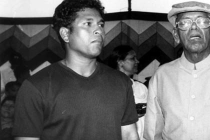कोच रमाकांत आचरेकर का 87 उम्र में हुआ निधन, क्रिकेटर सचिन तेंदुलकर ने कुछ यूं जताया दुख