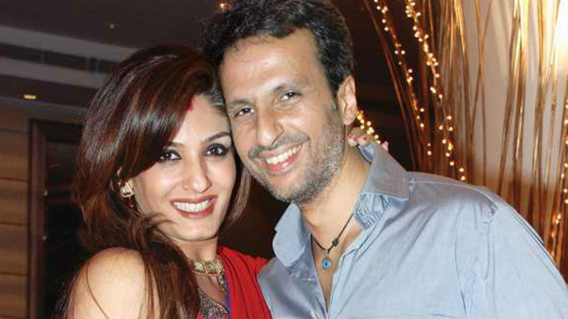 रवीना टंडन ने शादी के 15 साल पूरे होने किया बेहद रोमांटिक काम, पति अनिल थडानी को कुछ ऐसे किया विश