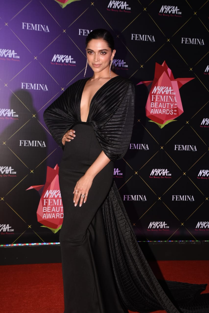 Nykaa Femina Beauty Awards Deepika Paduokone 2