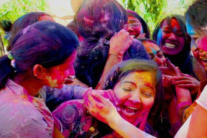 Holi Colors Removal tips