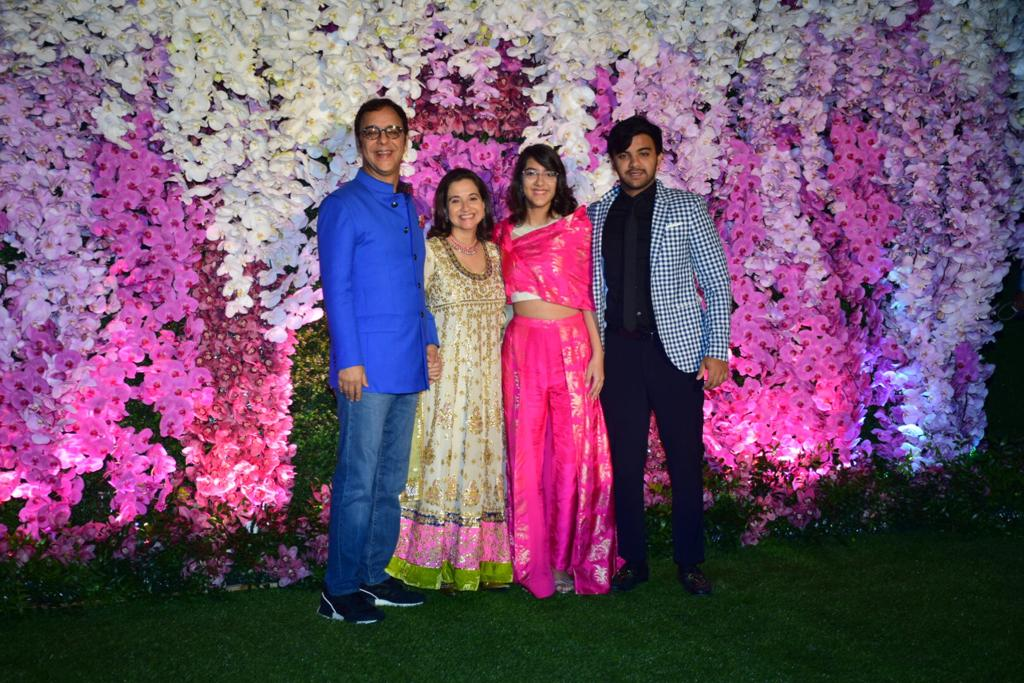 Vidhu Vinod Chopra Family Akash Ambani Shloka Mehta Wedding
