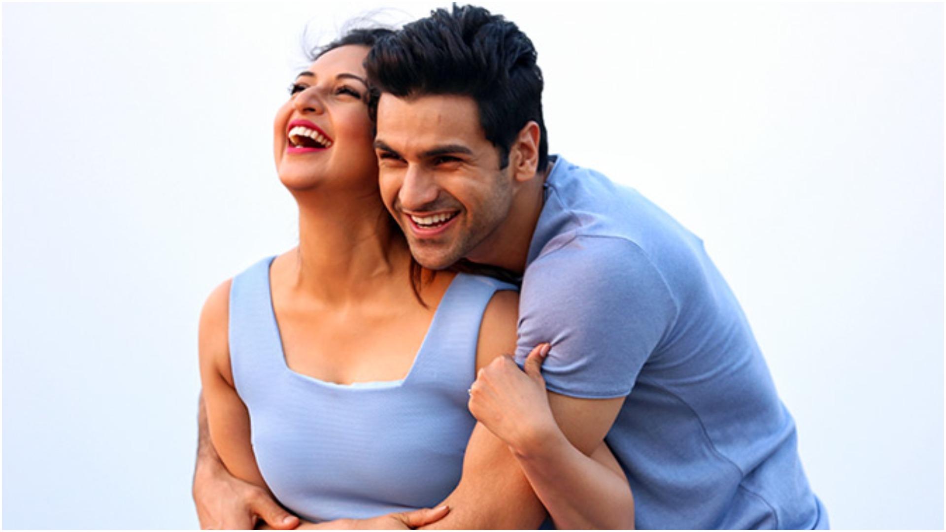 एक्सक्लूसिव: जब विवेक दहिया ने कहा दूसरों की बीवी को रोमांस करना है आसान, ऐसा था दिव्यांका त्रिपाठी का रिएक्शन
