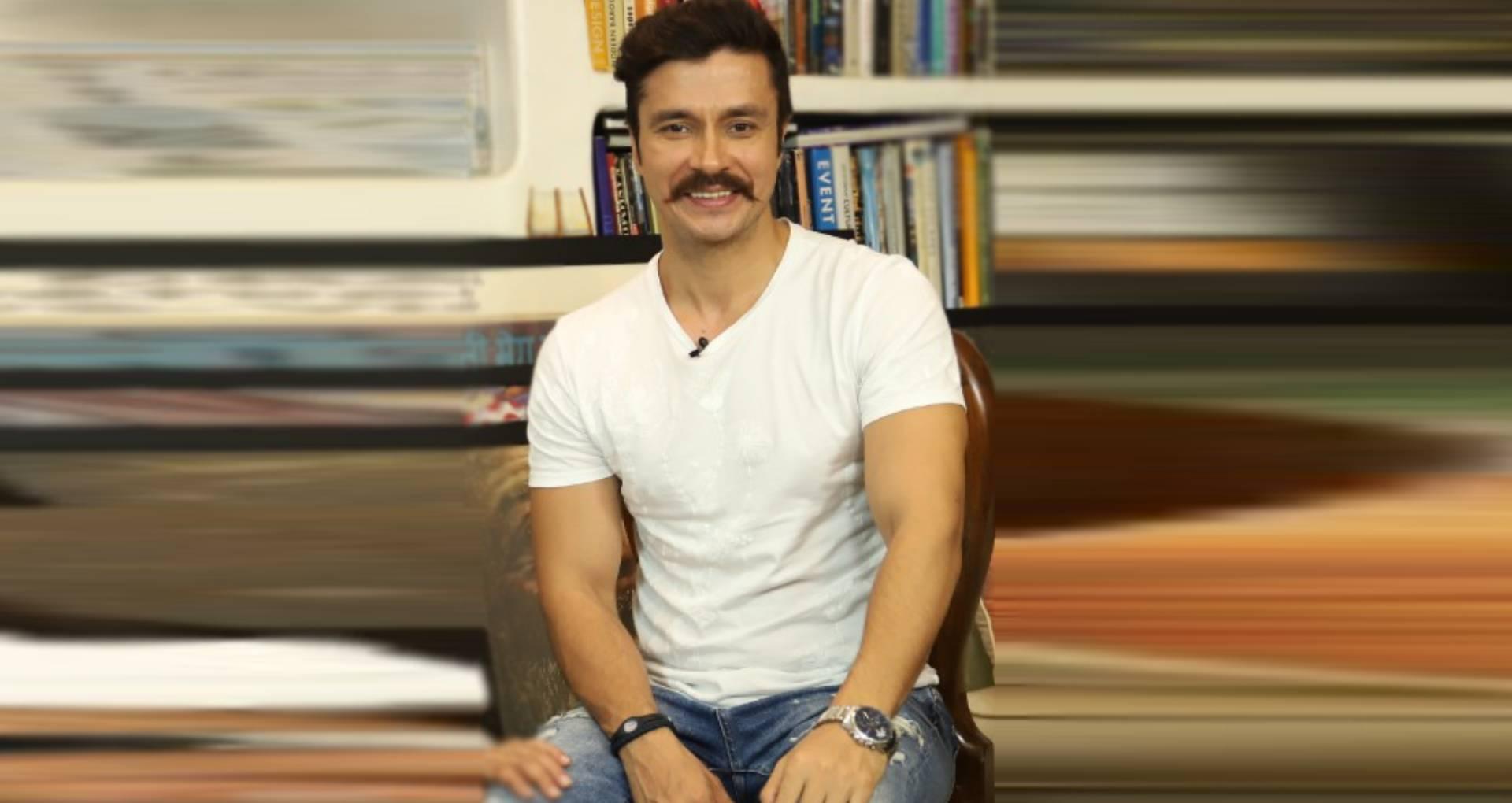 एक्सक्लूसिव: 'पीएम नरेंद्र मोदी' में जर्नलिस्ट का रोल कर रहे हैं दर्शन कुमार, कहा- आसान नहीं पत्रकारिता करना