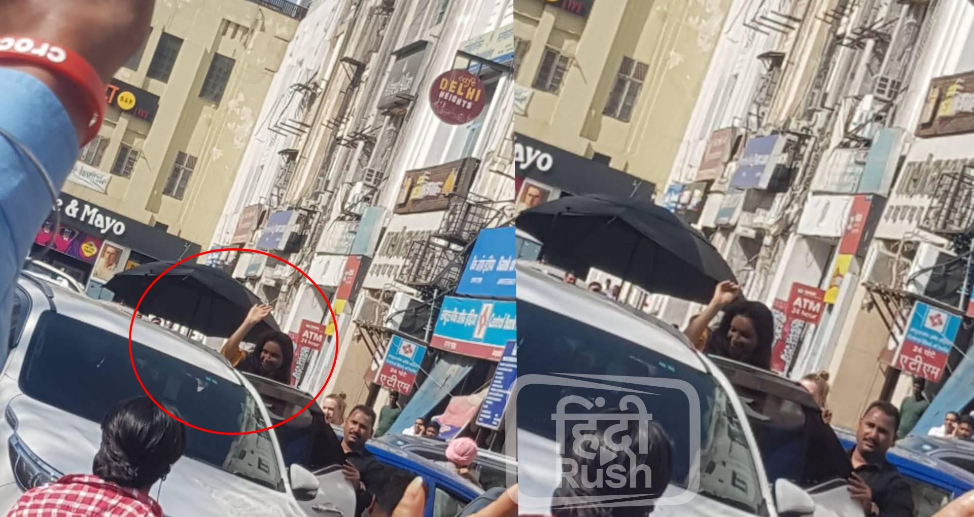 फिल्म छपाक की शूटिंग के दौरान इस लुक में नजर आईं दीपिका पादुकोण, उनकी एक्टिंग देखने के लिए उमड़ी लोगों की भीड़