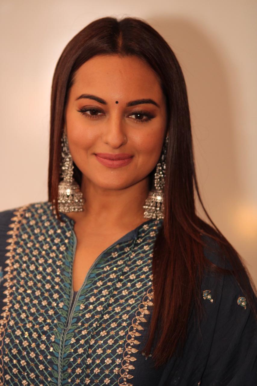 Kalank Sonakshi Sinha