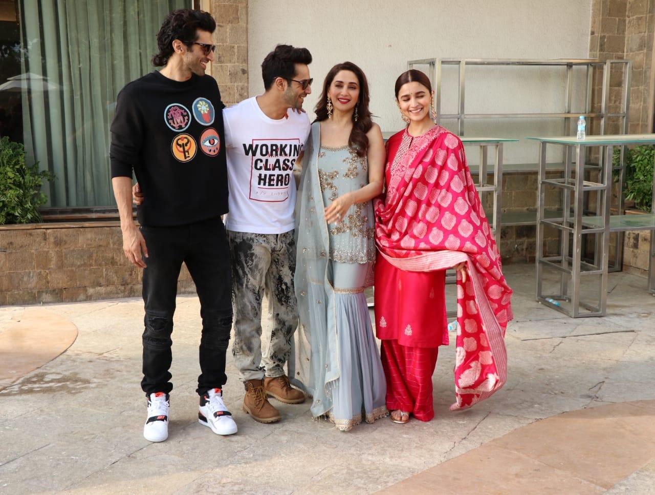 Kalank Varun Dhawan Alia bhatt ADitya Roy Kapoor laugh
