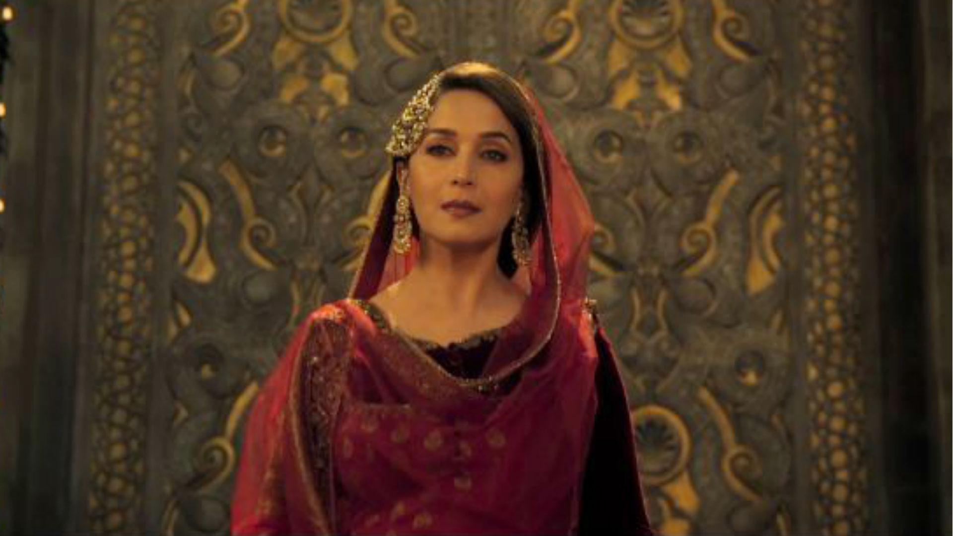 माधुरी दीक्षित एक्सक्लूसिव: फिल्म कलंक की बहार बेगम ने खोला राज, बताई उर्दू सीखने की दिलचस्प वजह