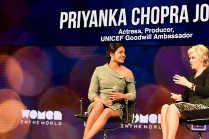 विश्व शिखर महिला सम्मेलन की प्रमुख मिस टीना ब्राउन से बात करते हुए प्रियंका चोपड़ा (फोटो इंस्टाग्राम)