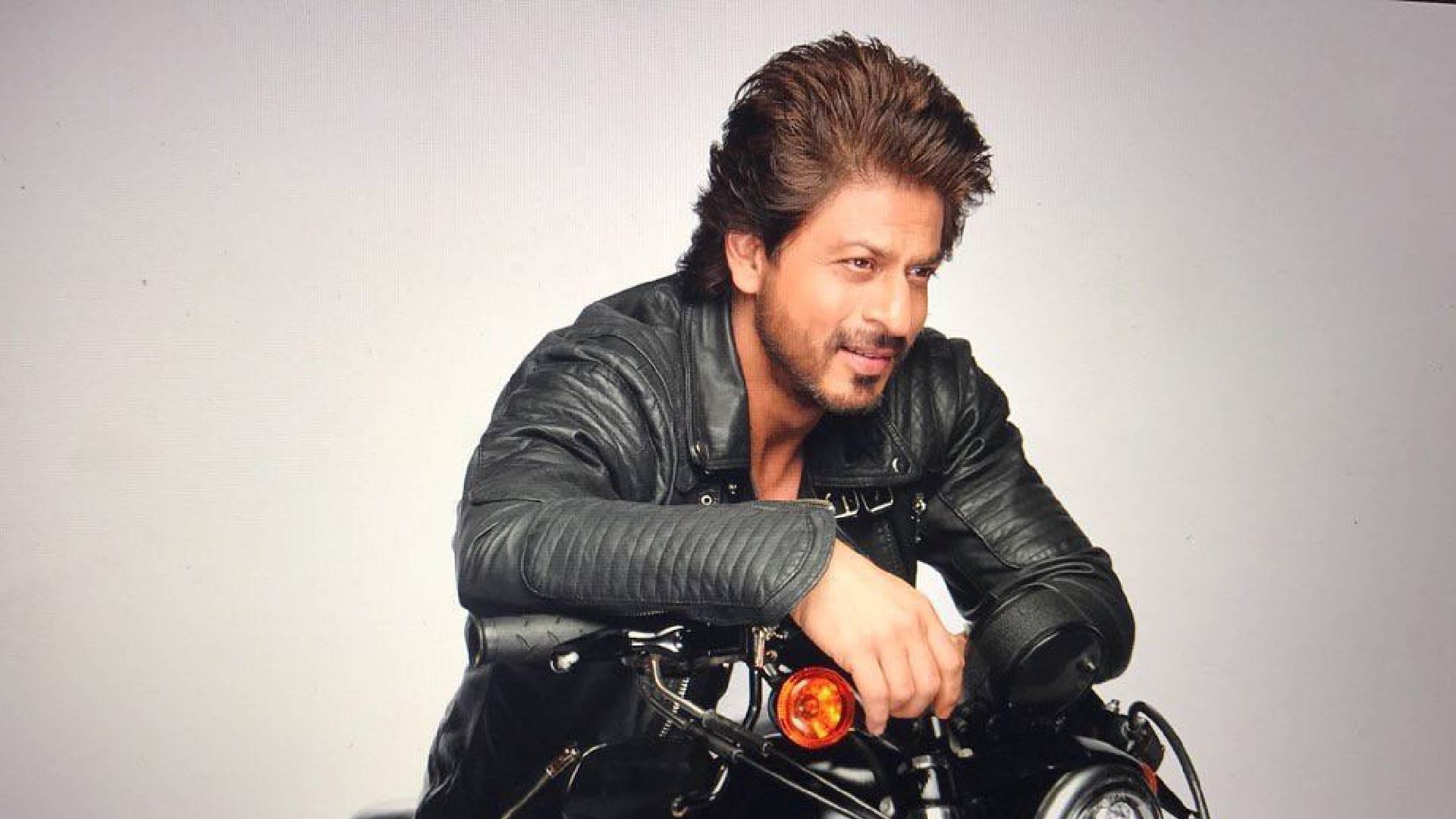 फिल्म जीरो के बाद फूंक-फूंककर कदम रख रहे बॉलीवुड के किंग शाहरुख खान, वीडियो में खुद बताई ये बात