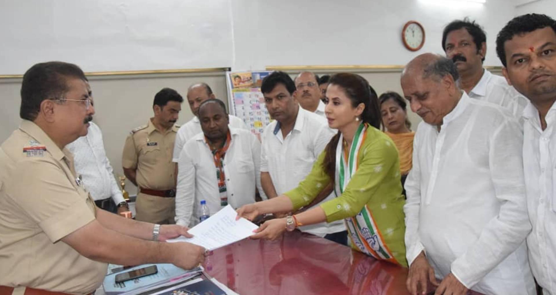 उर्मिला मातोंडकर ने लगाया अश्लील हरकत करने का आरोप, कहा- डर का माहौल पैदा करना चाहती है बीजेपी