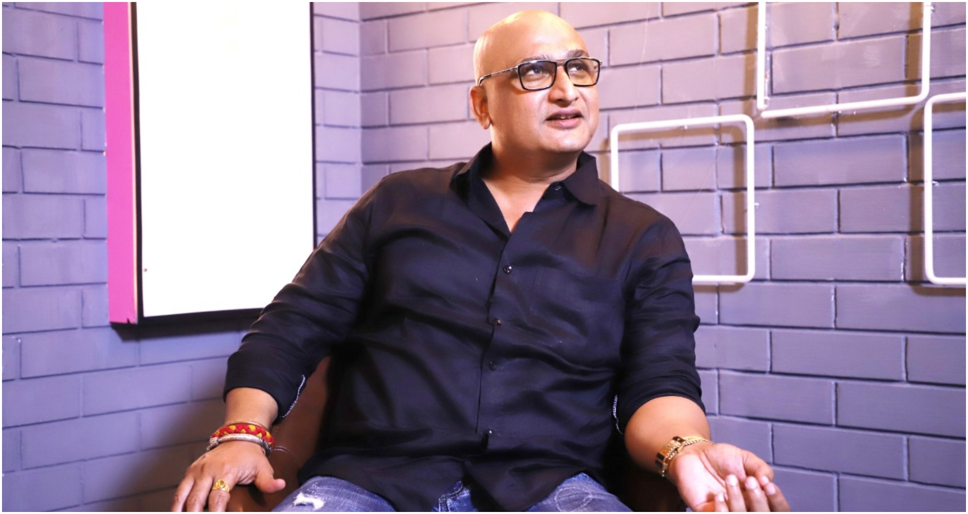एक्सक्लूसिव इंटरव्यू: भोजपुरी फिल्मों के खलनायक अवधेश मिश्रा की कहानी, भैंस पर बैठकर बोला करते थे डायलॉग