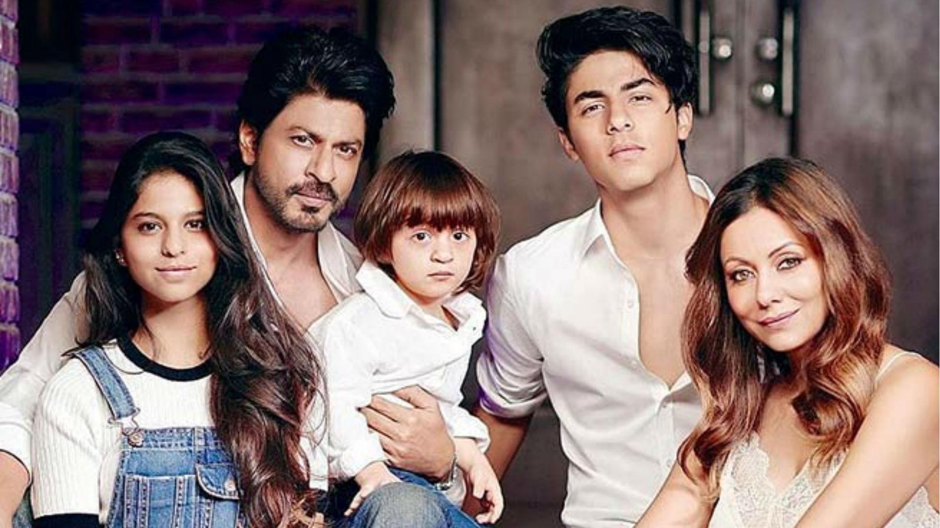 AbRam Khan Birthday: 6 साल के हुए शाहरुख खान-गौरी खान के लाडले, 10 तस्वीरों में देखिए कितना बदल गए अबराम खान