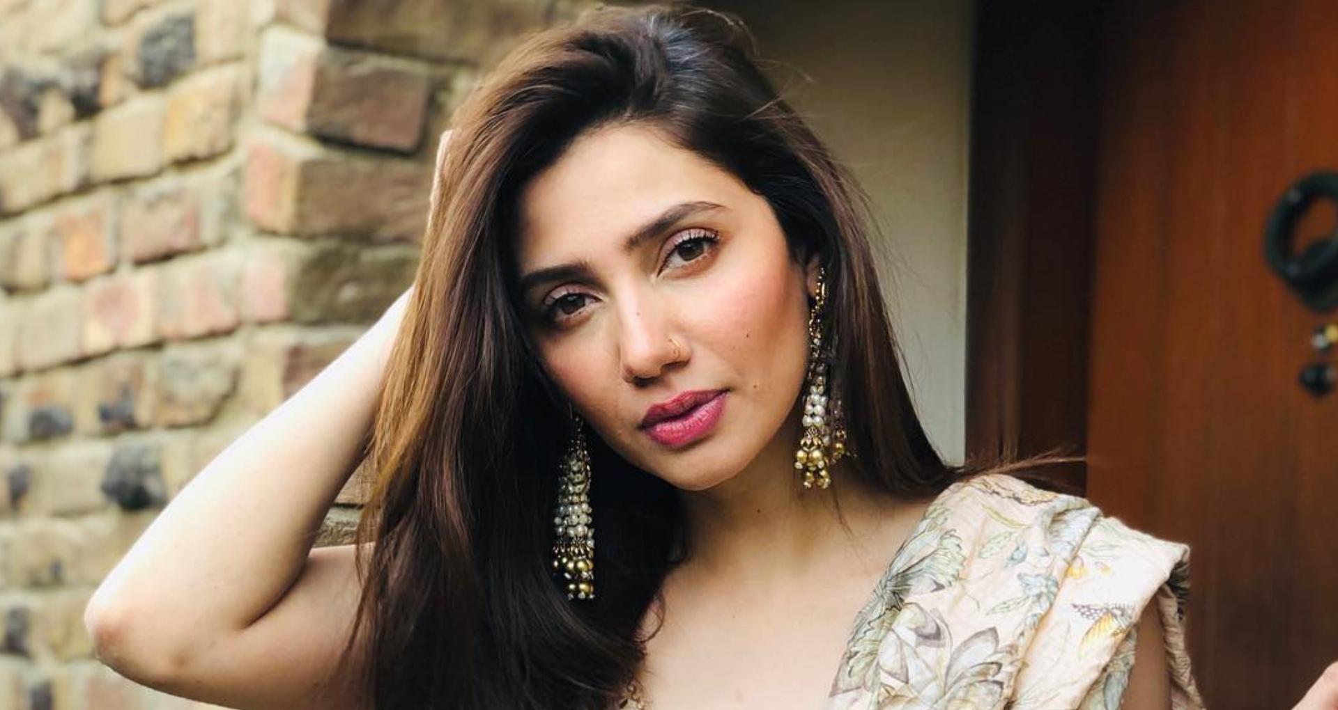 Mahira khan: सिरदर्द से परेशान पाकिस्तानी एक्ट्रेस माहिरा खान ने ट्वीट कर फैन्स से मांगी मदद, यहाँ देखे ट्वीट