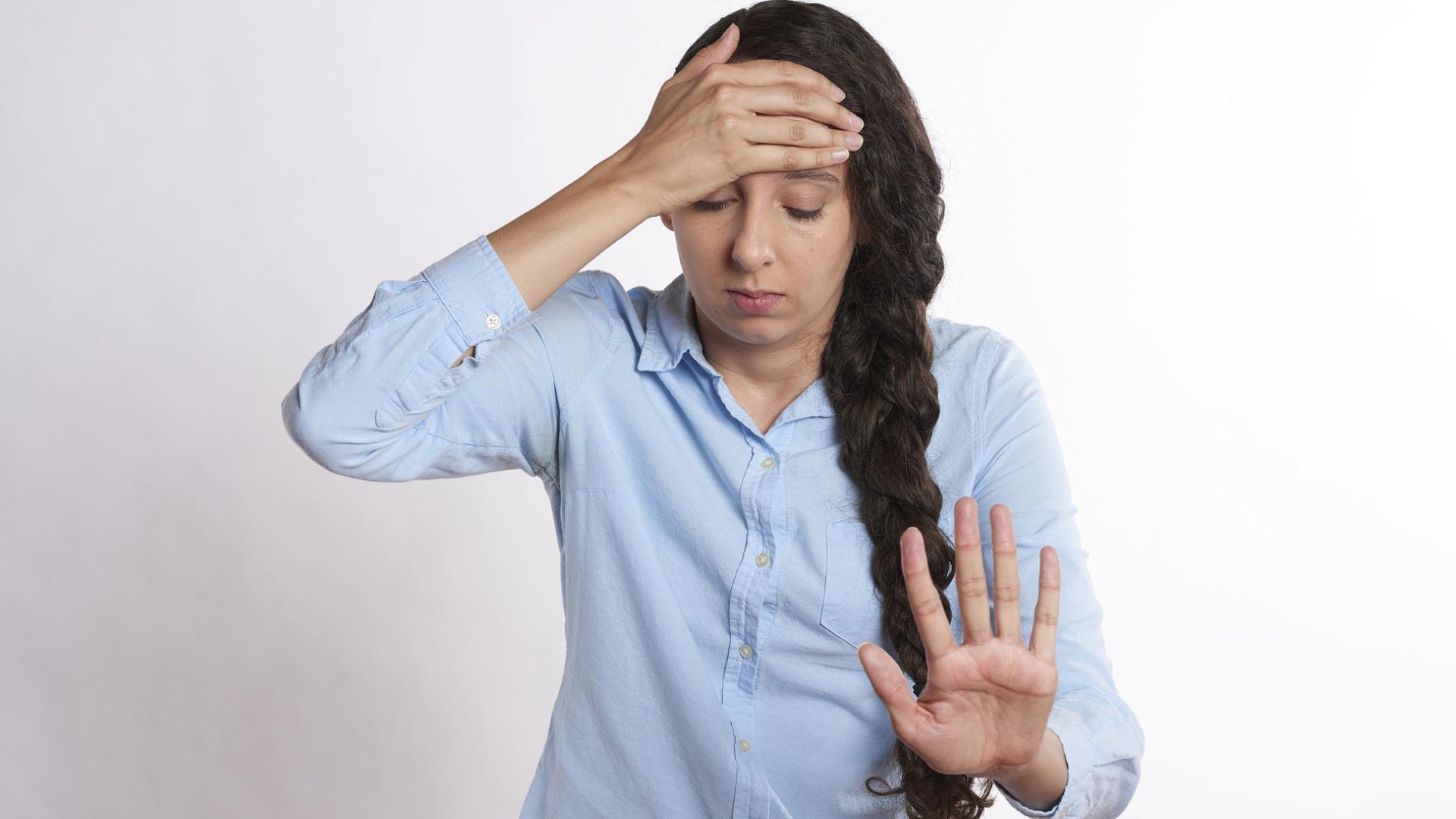 Health Tips: सिरदर्द की परेशानी खत्म करने के लिए अपनाएं ये घरेलू नुस्खे, मिनटों में मिलेगा आराम