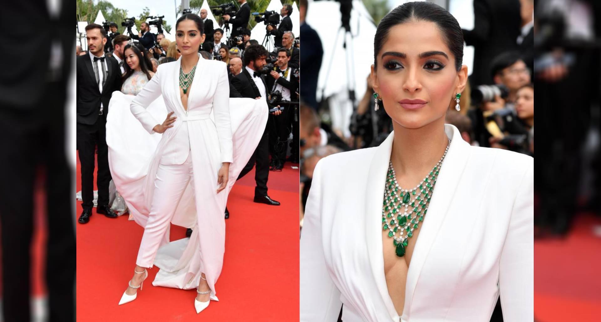 Cannes 2019: सोनम कपूर ने दूसरी बार किया रेड कार्पेट पर वॉक, व्हाइट टक्सीडो में दिखा एक्ट्रेस का फैशनेबल लुक