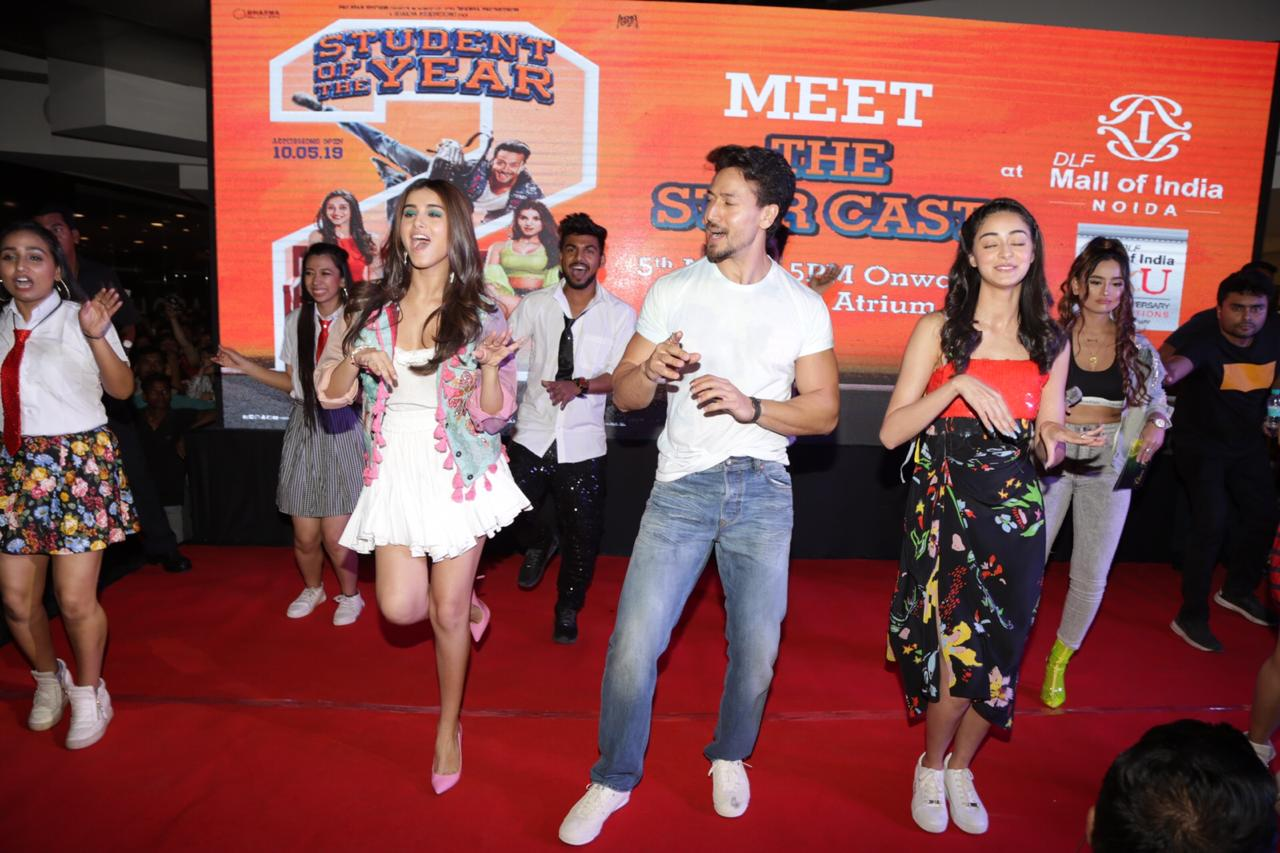 Student Of The Year 2 Tara Sutaria Ananya Pandey Dance