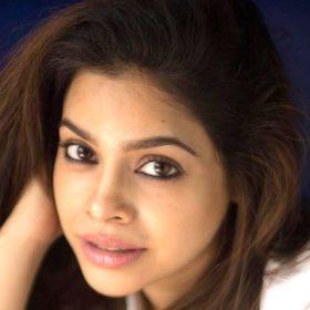 Sumona Chakravarty