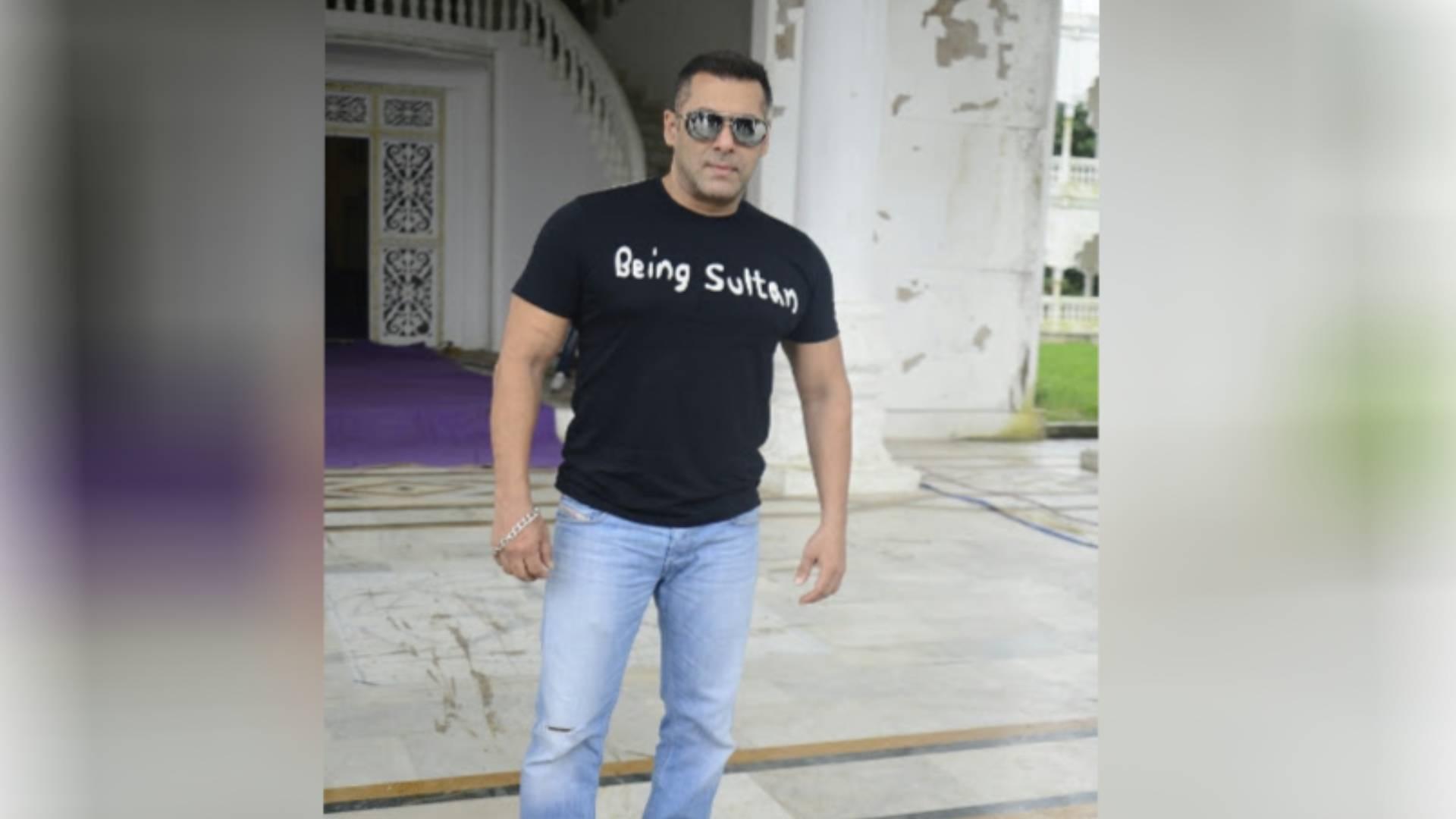 Bigg Boss 13: शो को होस्ट करने के लिए सलमान खान को मिलेंगे 403 करोड़ ! हर एपिसोड का करेंगे इतना चार्ज