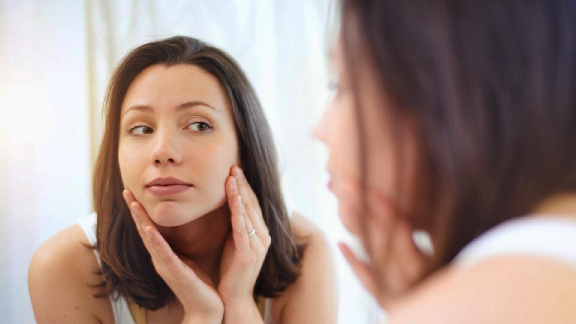 Beauty Tips: शादी में बचे हैं कुछ वक्त, तो भूलकर भी न करें ये 5 काम, खूबसूरती को पहुंच सकता है नुकसान