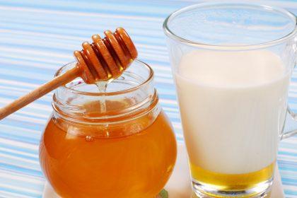 Honey And Milk Benefits