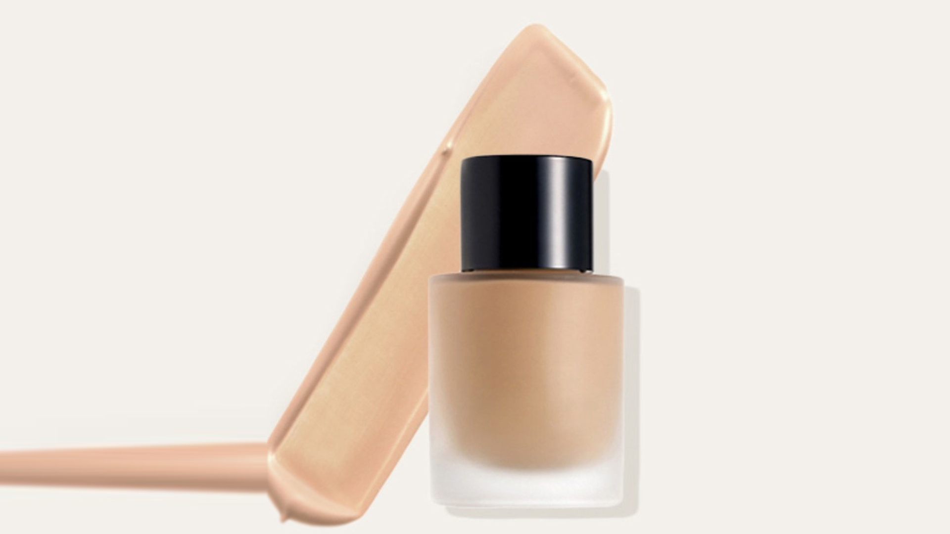 Makeup Tips: जब अचानक फाउंडेशन हो जाए खत्म, तो न हो परेशान, बस अपनाएं ये आसान जुगाड़