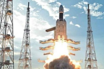 Chandrayaan 2 launched Indian Space Research Organisation isro Sriharikota GSLVMkIII bollywood react