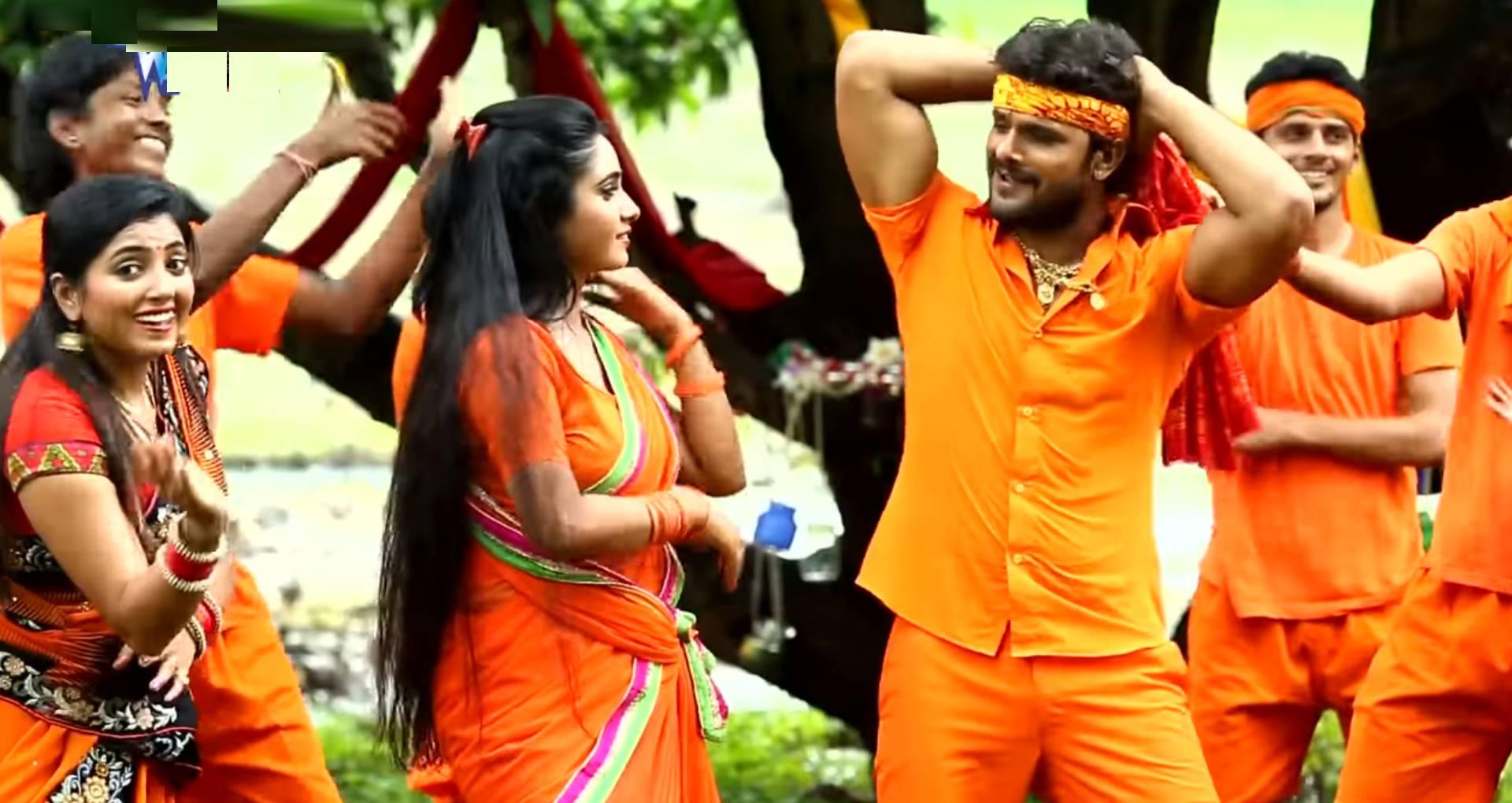 Aage Chala Jal Mili Song: कांवड़ लेकर देवघर निकले खेसारी लाल यादव, पत्नी ने की ये डिमांड, देखिए नया बोल बम गीत