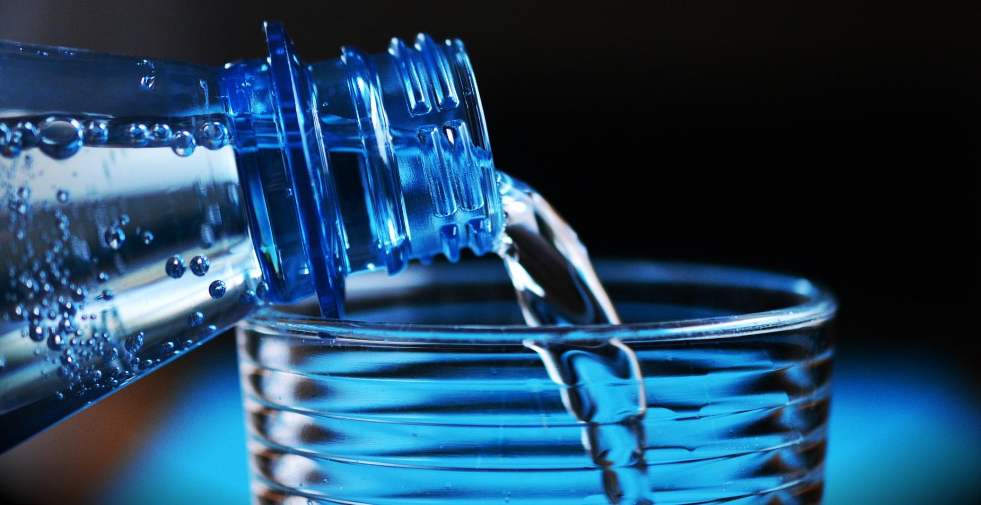 Health Tips: बारिश के मौसम में पानी की वजह से आप हो सकते हैं इन 5 बीमारियों के शिकार, जानिए बचने के उपाय