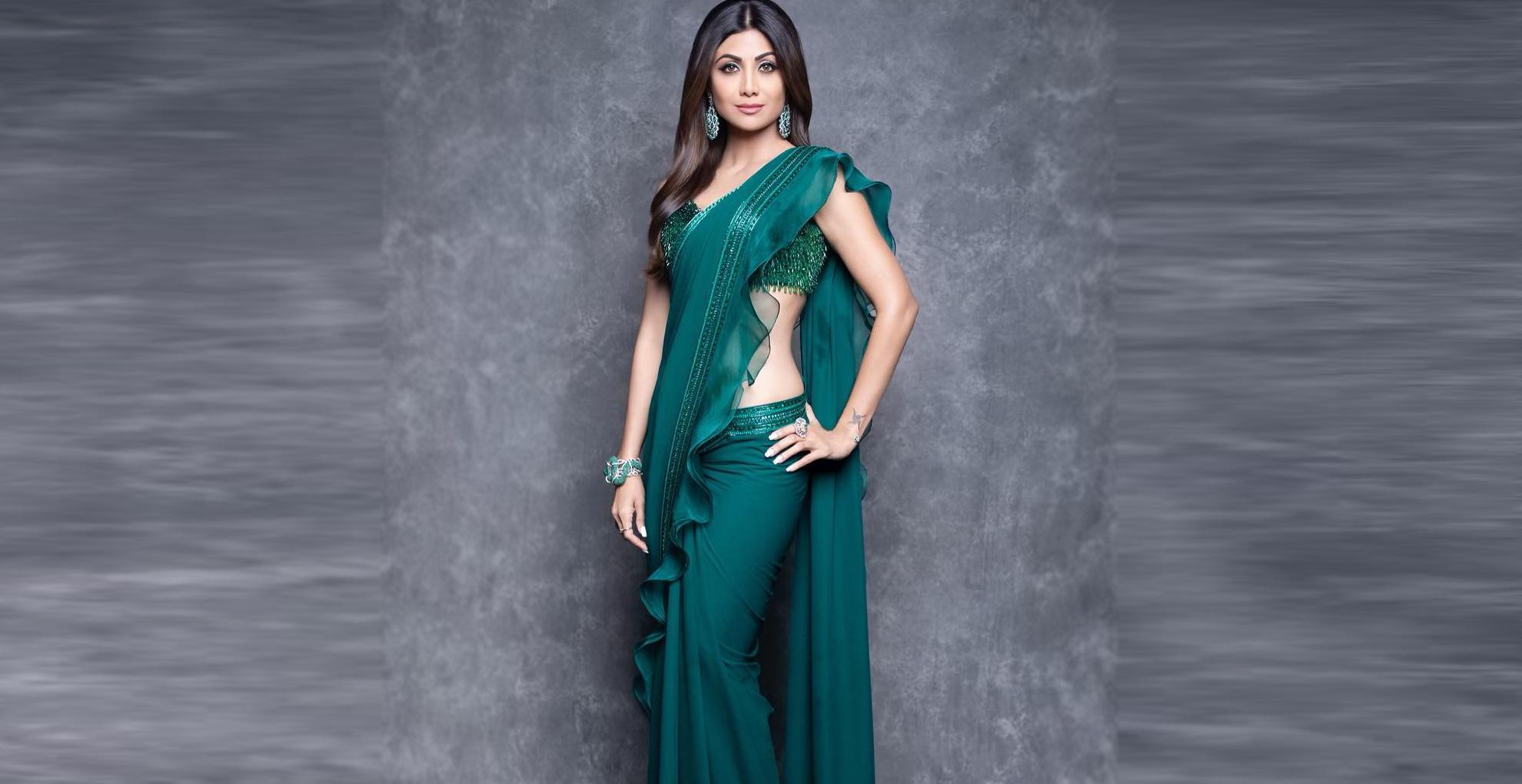 Sari Style Tips: साड़ी पहनते वक्त फॉलो करें ये 6 टिप्स, आपके ग्लैमरस लुक से लोगों की नहीं हटेंगी नजरें