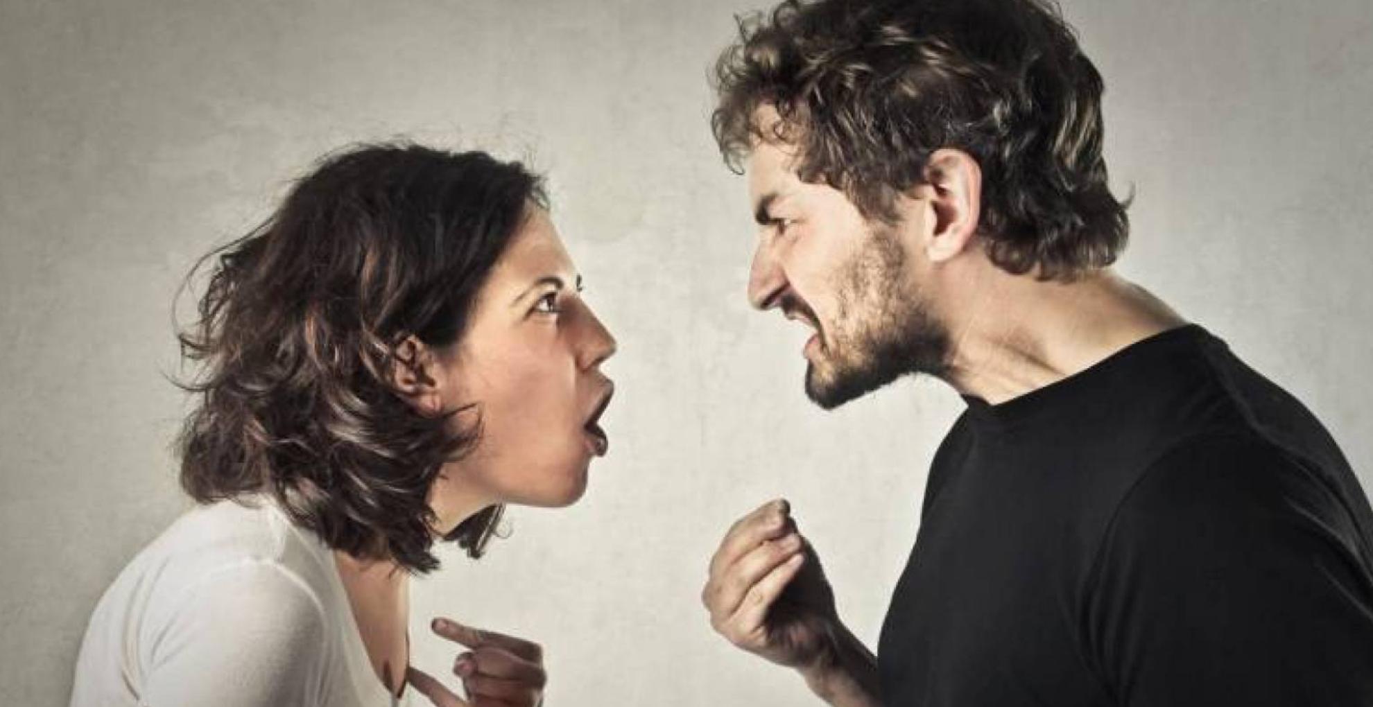 Relationship Tips: इन 5 वजहों से पार्टनर संग होते हैं झगड़े, इनसे रहें दूर और रखें रिश्ते की खूबसूरती बरकरार