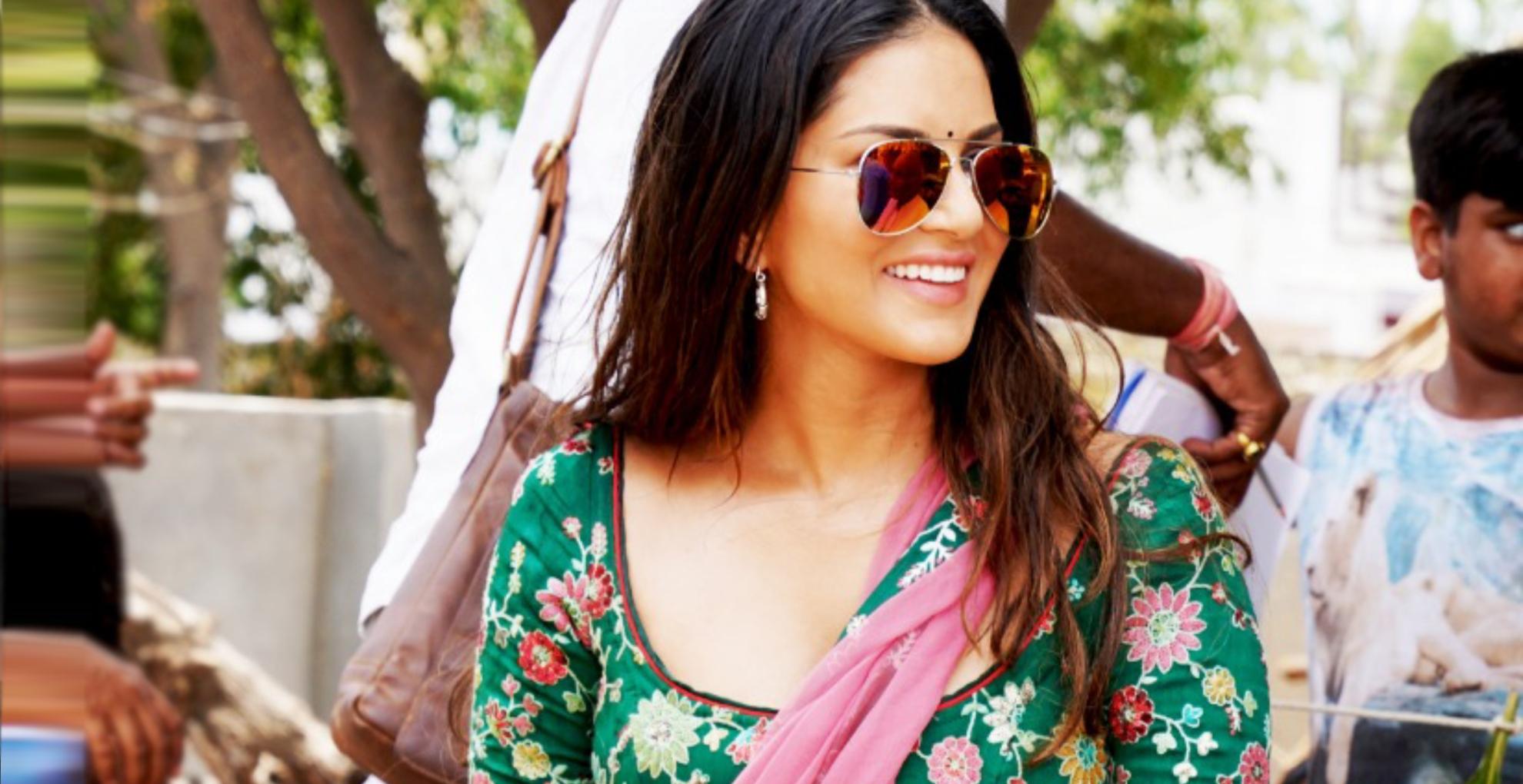 सनी लियोनी फिल्म कोका कोला के लिए सीख रही हैं भोजपुरी, सेट पर दिखा एक्ट्रेस का खूबसूरत देसी लुक