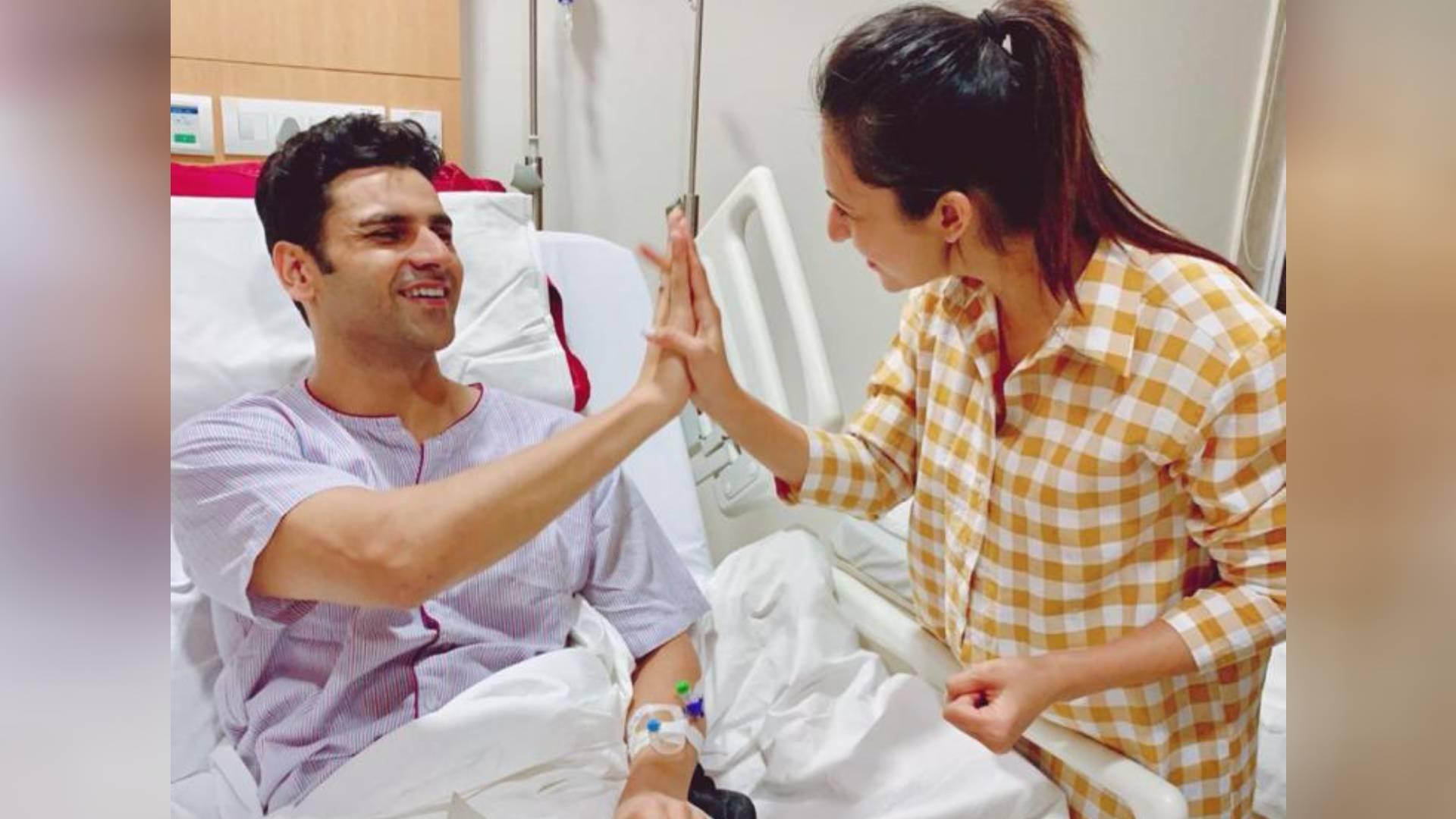 दिव्यांका त्रिपाठी-विवेक दहिया ने अस्पताल में मनाई अपनी मैरिज एनिवर्सरी, देखिए परिवार ने कैसे दिया सरप्राइज